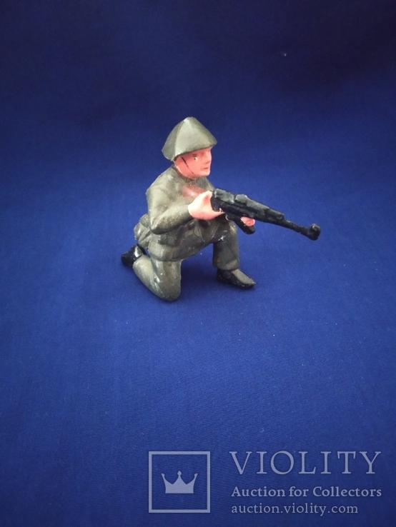 Солдат ГДР