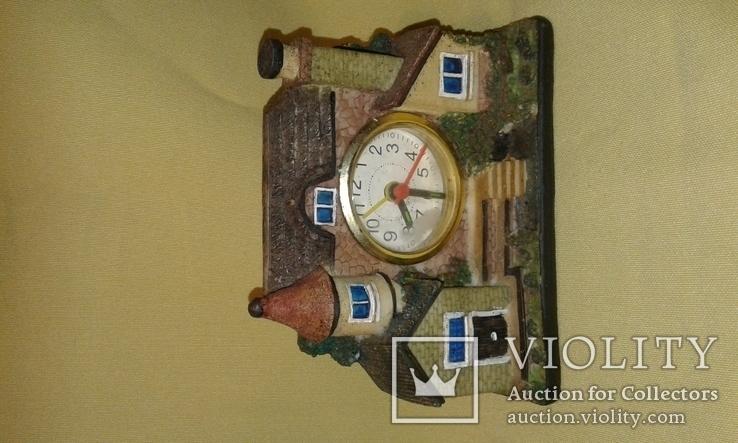 Домик с часами, фото №3