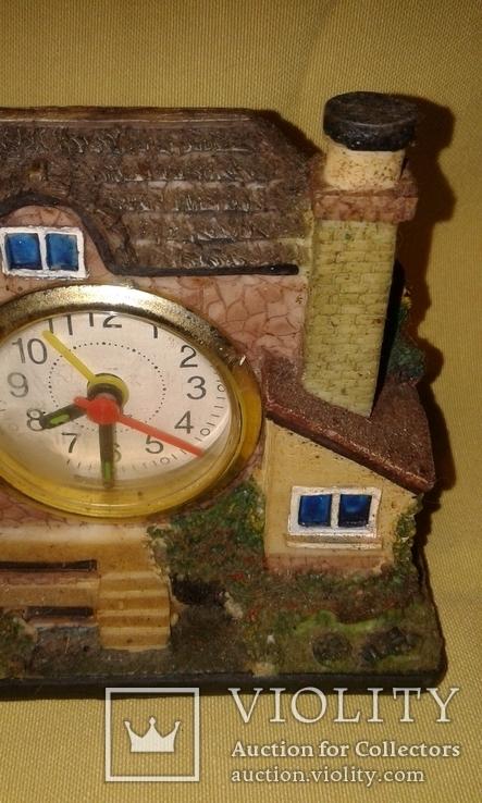 Домик с часами, фото №5