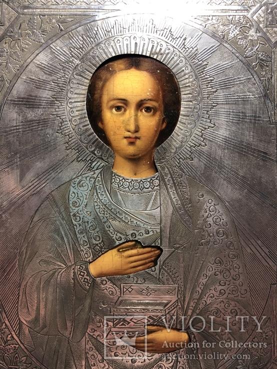 Икона Св. Пантелеймон в серебряном окладе