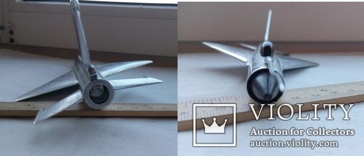 Модель боевого реактивного самолета (2147), фото №8