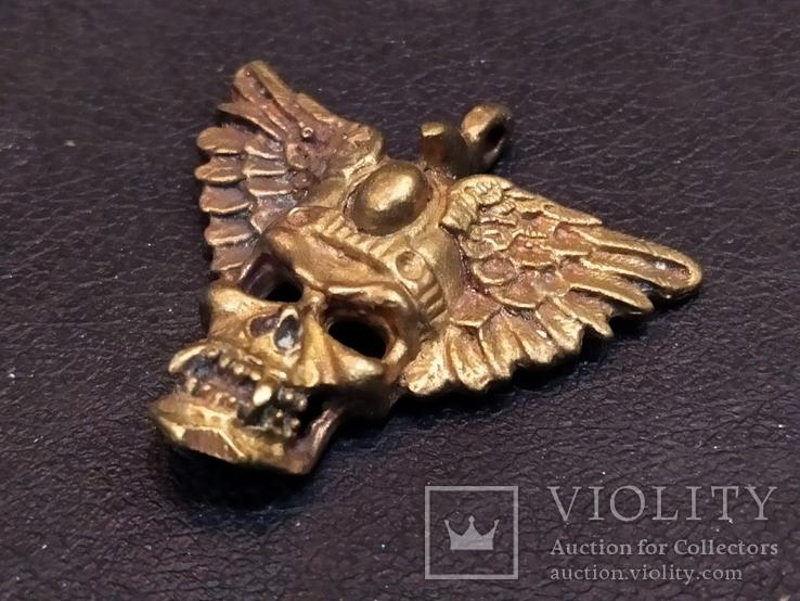 Череп с крыльями бронза брелок коллекционная миниатюра, фото №4