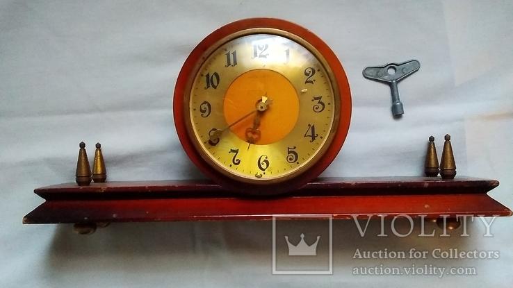 Часы настольные ''Весна'' на реставрацию