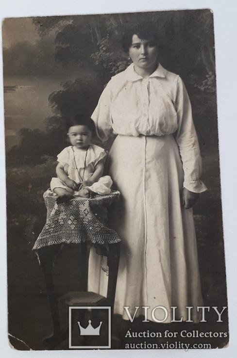 """Старинная фотография """"Мать с ребенком"""" (9*13.8), фото №2"""