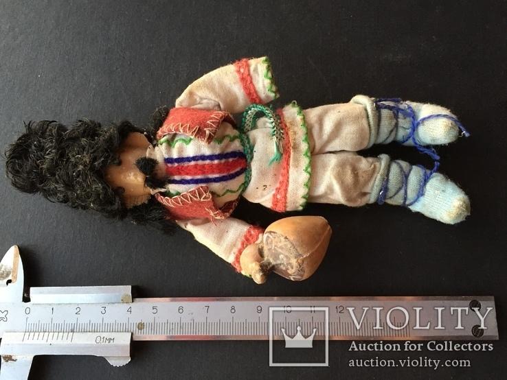 Проволочна лялька в національному вбранні, фото №2