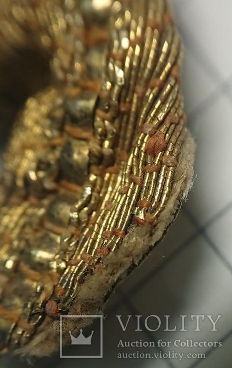 Фрагмент украшения одежды или аксессуара, фото №6
