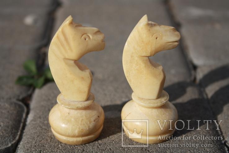 Шахматные фигурки. Слоновая кость.