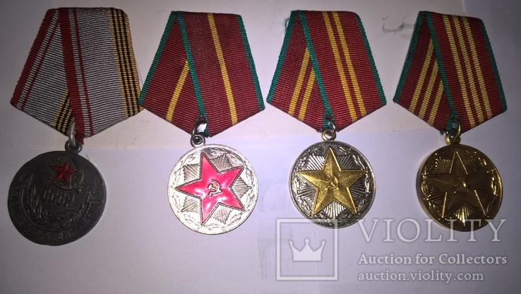 2  документа и 4 медали Ткачук В Ф на одного, фото №3