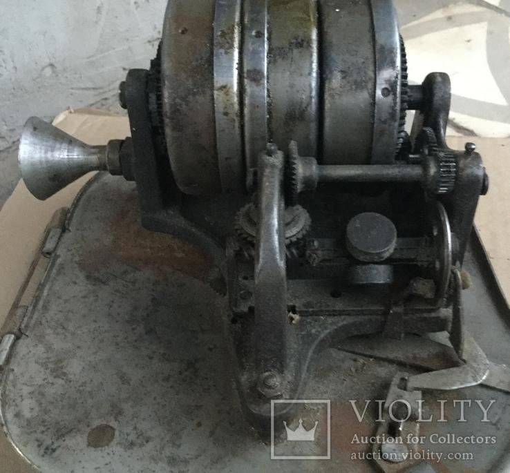 Старинный мотор к граммофону., фото №3