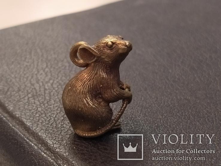 Крыса с хвостом Символ 2020 года бронза брелок коллекционная миниатюра, фото №5
