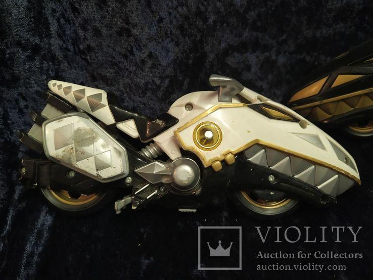 2 модели мотоцикла, фото №3