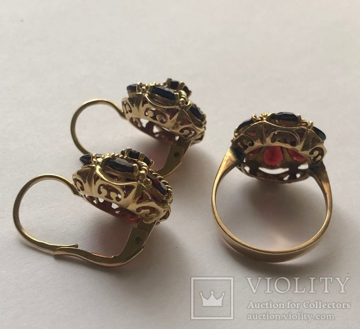 Золотые серьги и кольцо (гарнитур) с гранатами. 750., фото №7