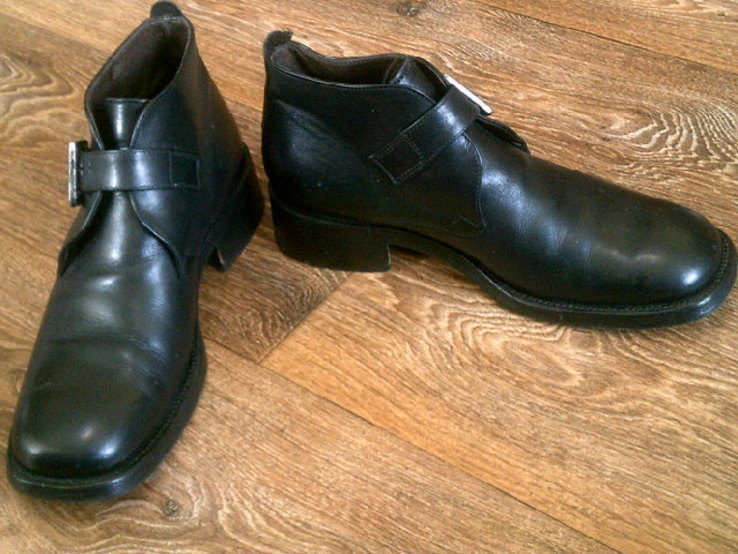 Джеймс Бонд - фирменные ботинки агента 007, фото №4