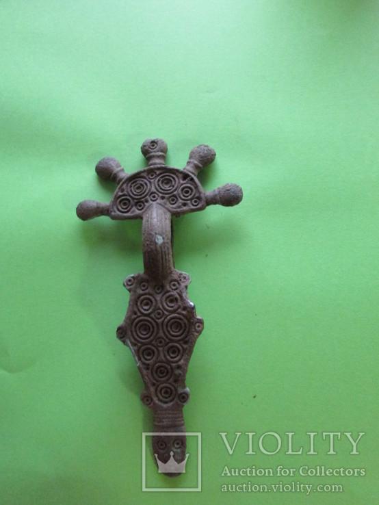 Зооморфная пятипалая фибула Пеньковской Культуры с родной иглой, фото №12