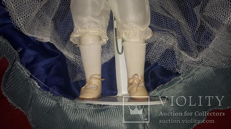 Кукла фарфор (на подставке), фото №5