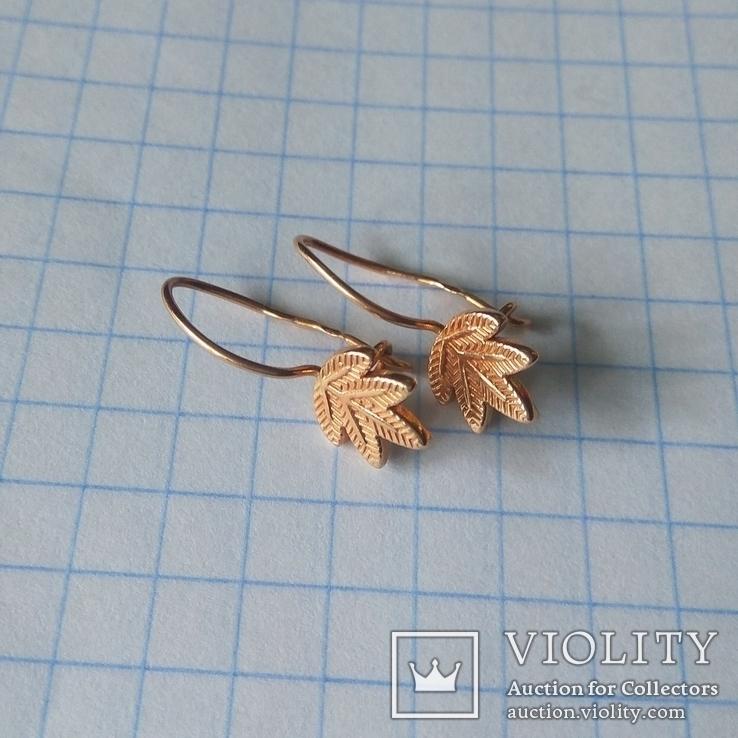 Золотые сережки листочки золотые серьги, фото №2