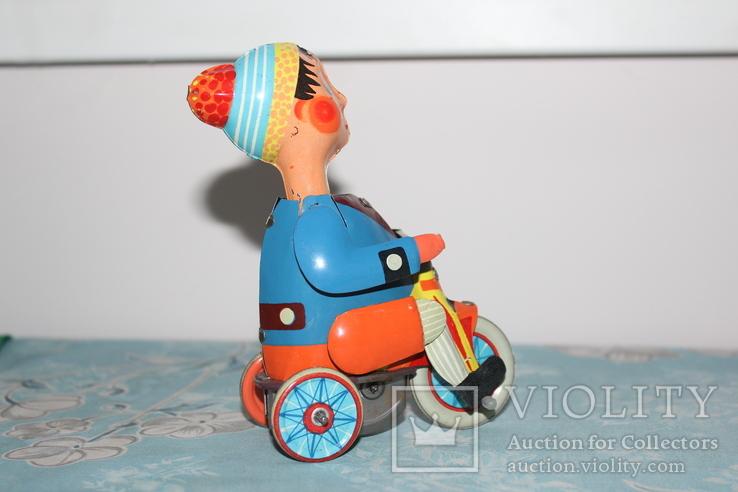 Заводная игрушка из жести - Мальчик на велосипеде, фото №4