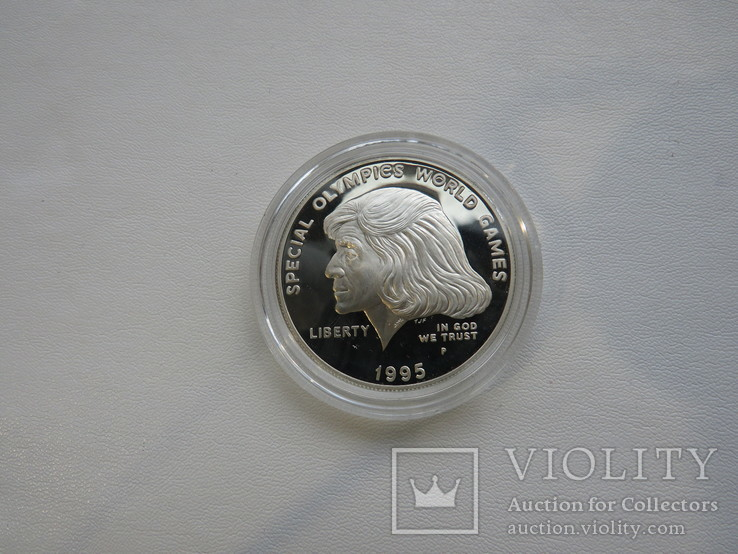 США один доллар 1995 год  Юнис Кеннеди Шрайвер, фото №2