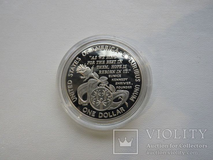 США один доллар 1995 год  Юнис Кеннеди Шрайвер, фото №5