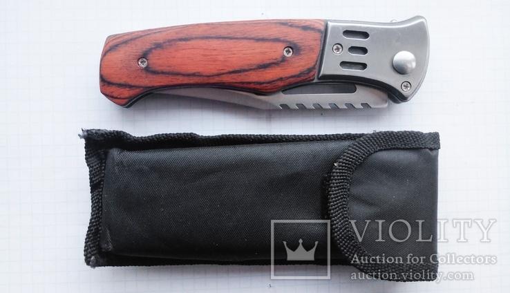 Нож выкидной с фонариком и чехлом, фото №3
