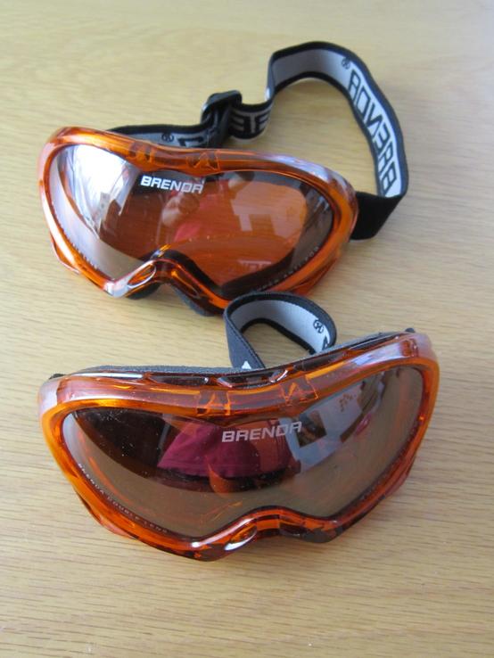 Горнолыжные очки (малий розмір, жіночі, дитячі ?)