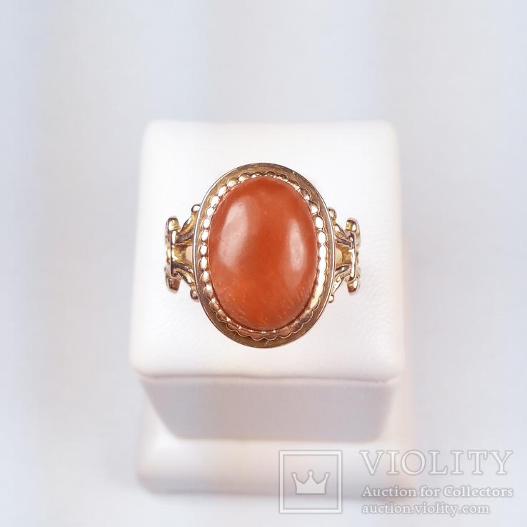 Золотое кольцо с натуральным кораллом, фото №2