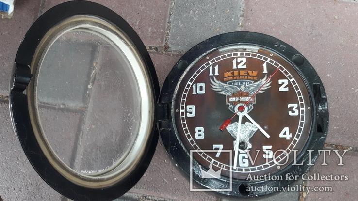 Часы на ходу Харлей, фото №3