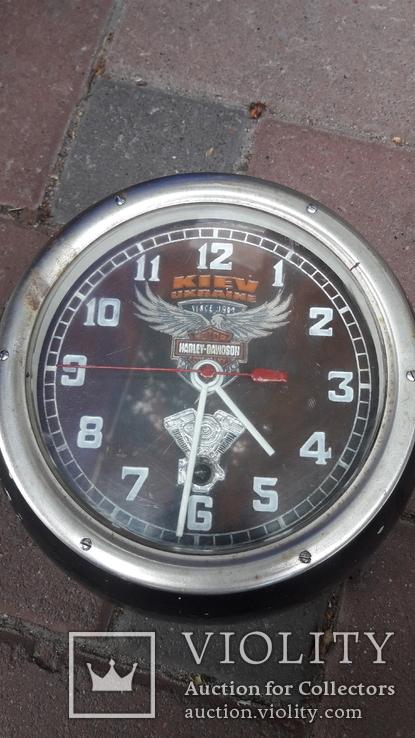 Часы на ходу Харлей, фото №6
