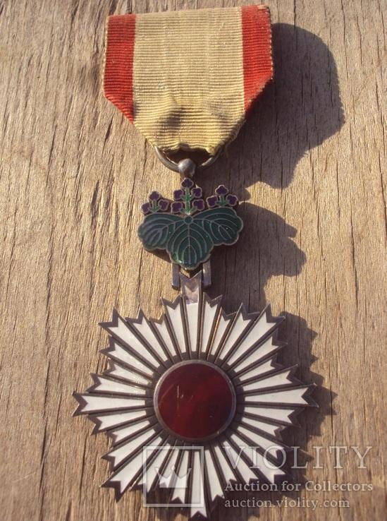 Орден Восходящего Солнца 6 степени, Япония.