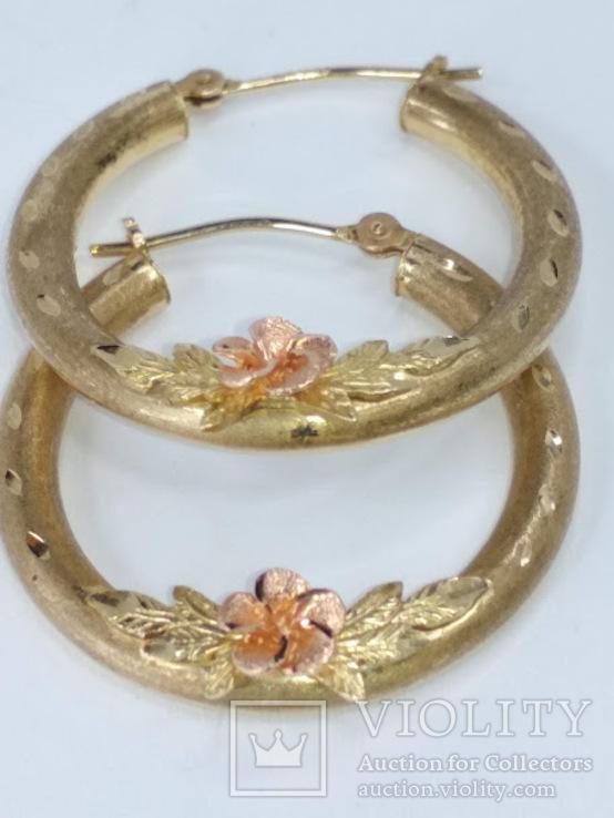 Золотые (10к) серьги-кольца с цветком