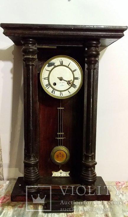 Часы Ле рой. Paris
