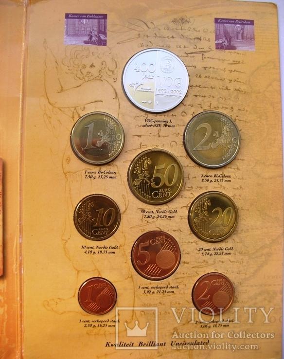 """Нидерланды, 1 серебряная рупия """"400 лет VOC"""" + евро-набор 2002 PROOF, фото №4"""