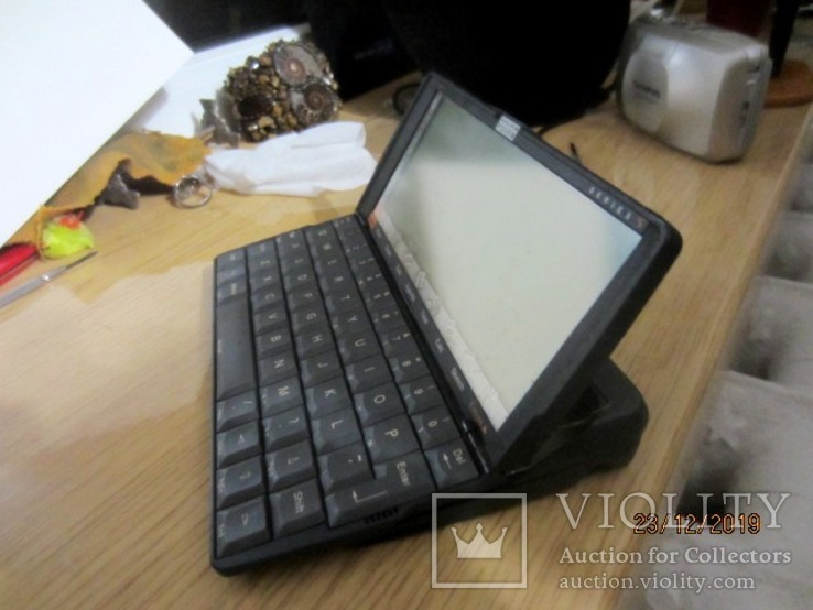 Портативный компьютер PSION Series 5 cena, фото №2