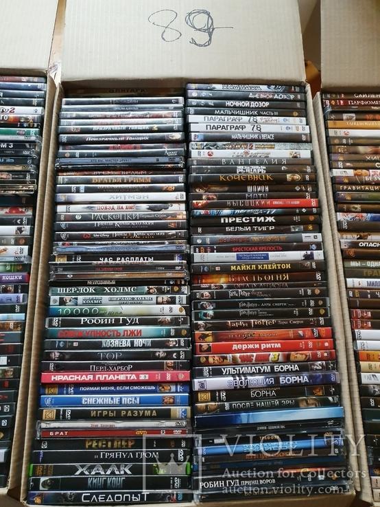 700 лицензионных DVD, фото №3