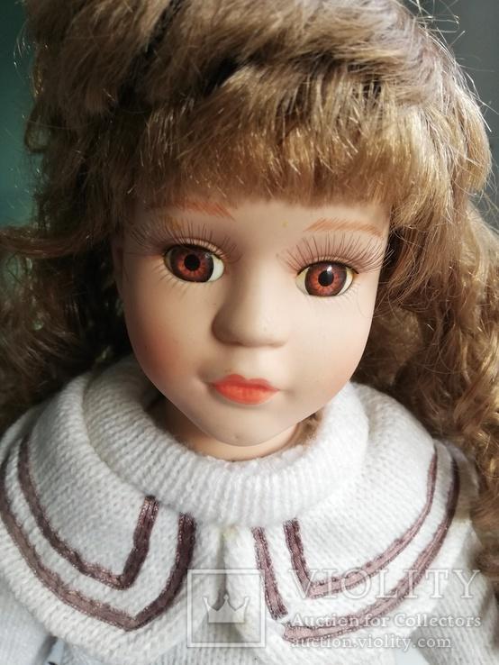 Кукла Высота 42 см, керамика на подставке, фото №6