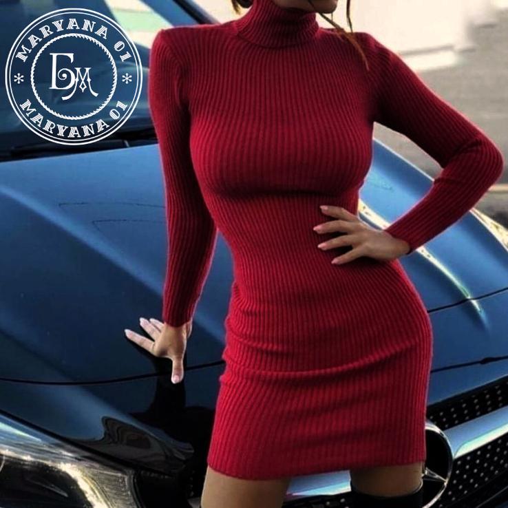 Теплое платье гольф бордо размер S/M