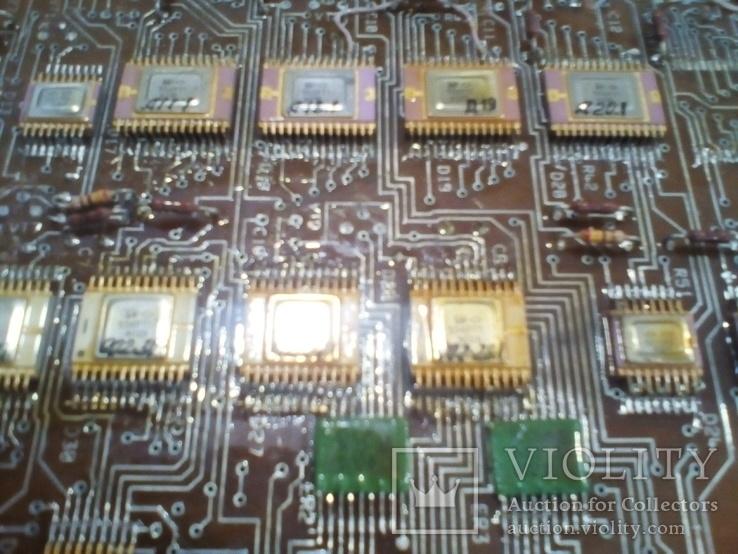 Плата АТС ( микросхеммы 40 шт в позолоте+ разйом СНП 49 НА 56 контактов внутри позолота), фото №3