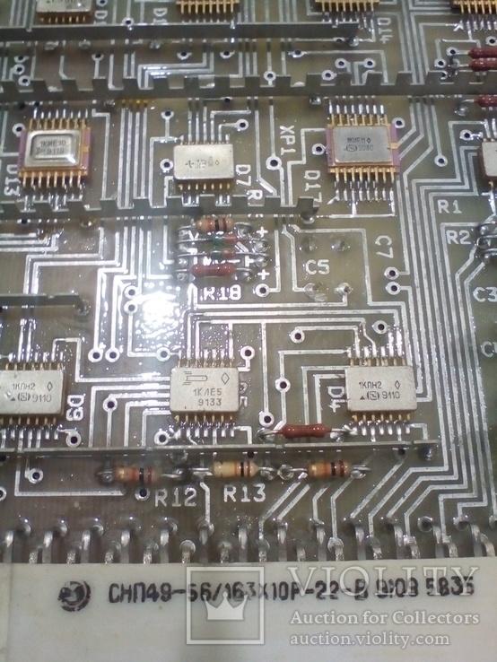 Плата АТС ( микросхеммы 32 шт в позолоте+ разйом СНП 49 НА 56 контактов внутри позолота), фото №5