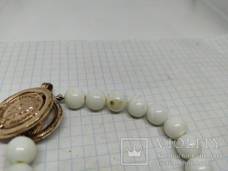 Браслетик с бусинами и подвеской в виде монеты (2), фото №5
