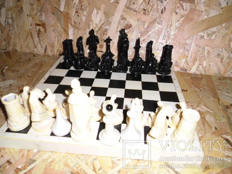 Старые шахматы с потерями, фото №6