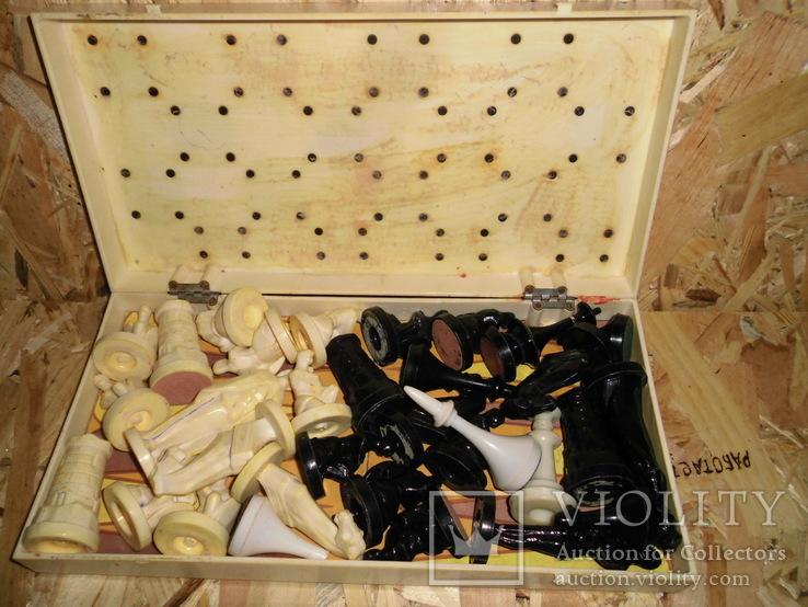 Старые шахматы с потерями, фото №11