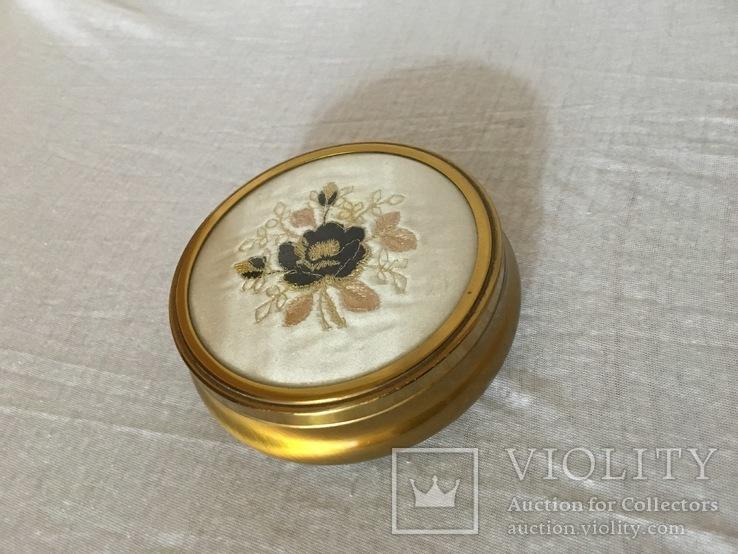 Винтажная шкатулка в отличном состоянии, фото №3