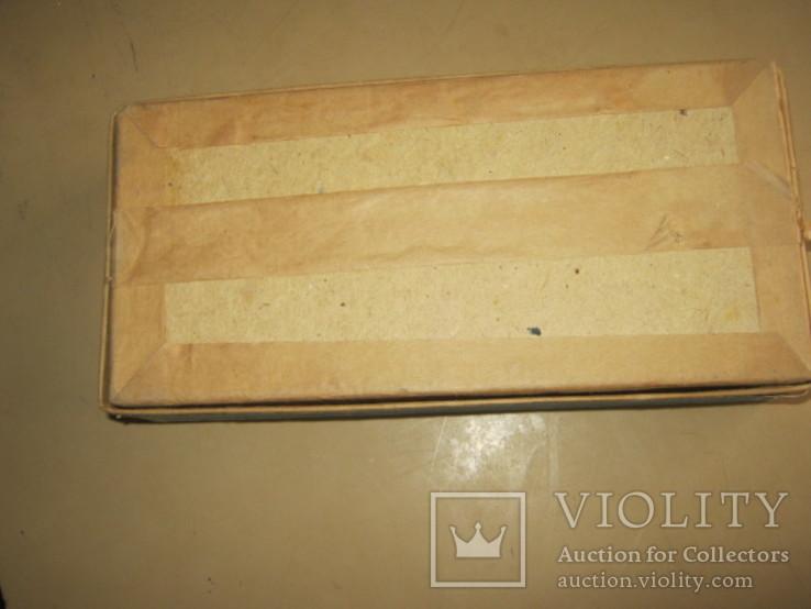Коробка с инструкцией и остатками деталей от набора, фото №6