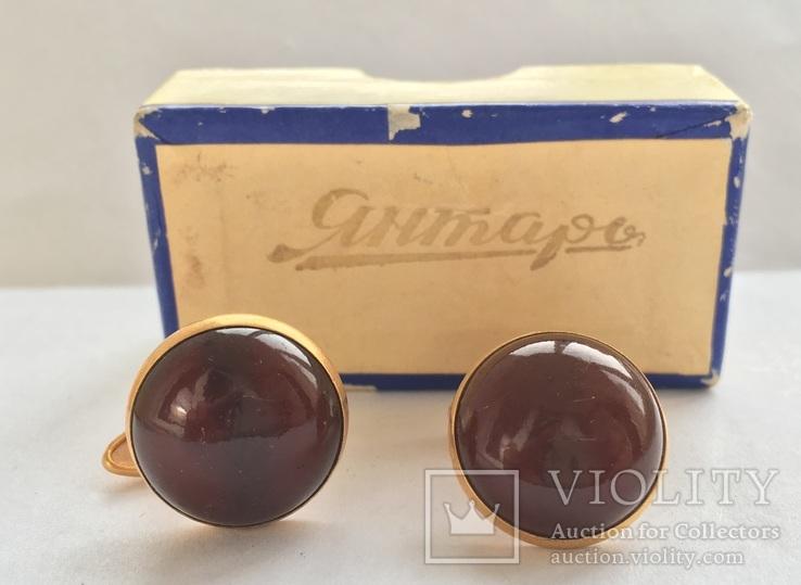 Запонки из янтаря СССР в коробочке, фото №3