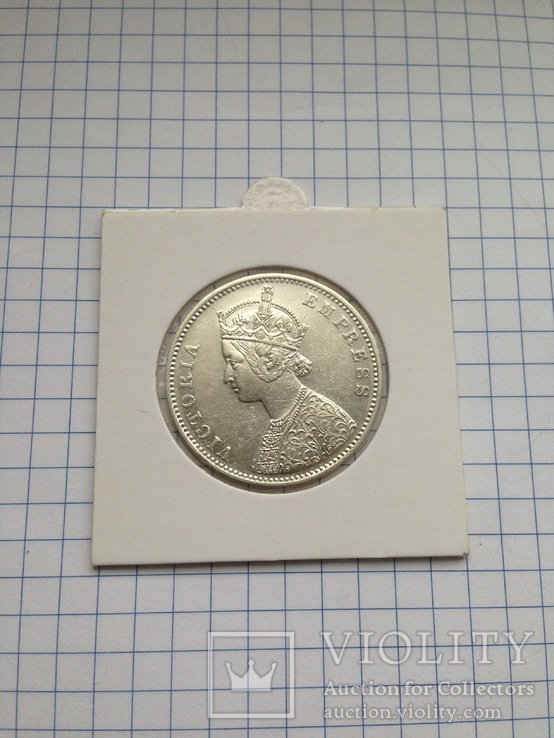 Индия. 1 рупия. 1877 г. Серебро. 917 пр. 11,66 гр.