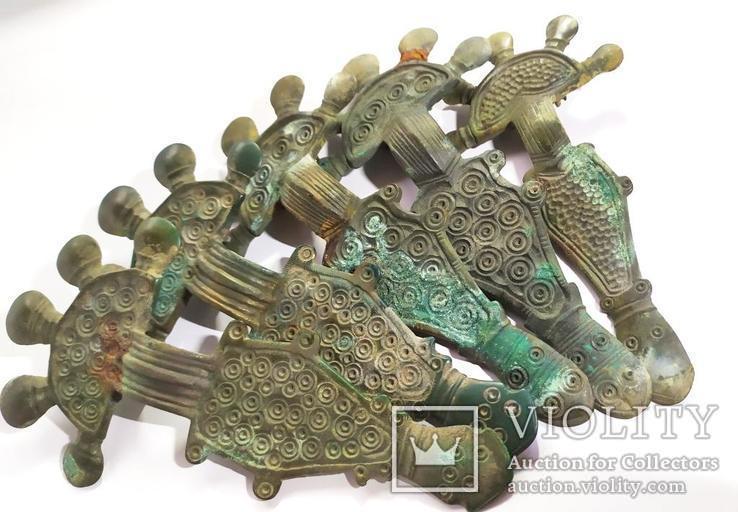 Фибулы, браслеты и другие артефакты Пеньковской Культуры