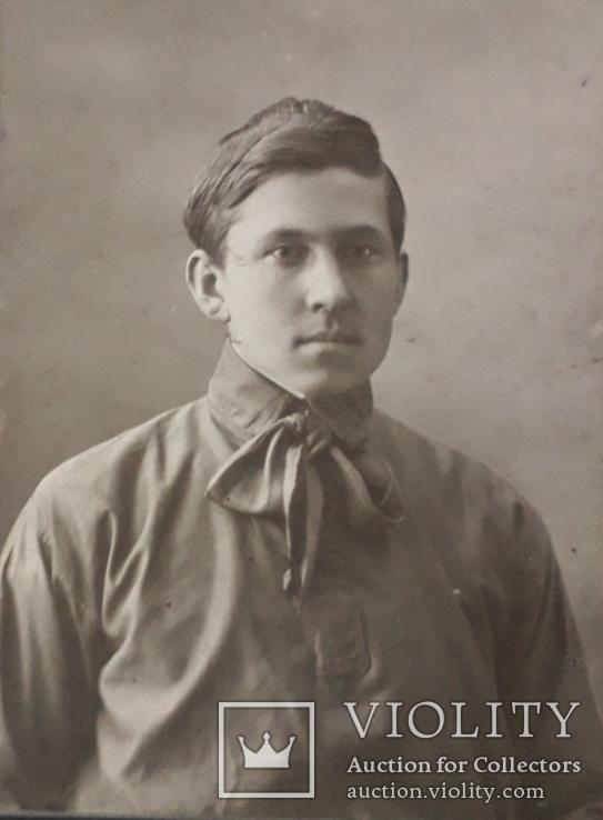 Фотография ''Мужчина с бантом'' (9.5*13.5) 1915 год, фото №2
