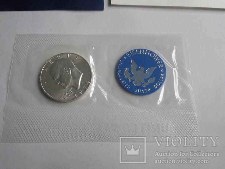 1 Доллар 1974г  в запайке с жетоном, в конверте, фото №3