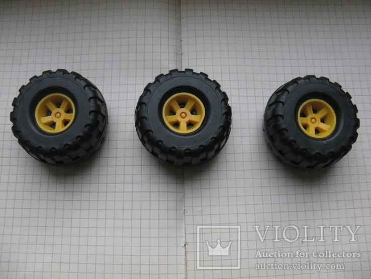 """Колеса, """"запаски"""" на авто игрушечное- 3 шт., фото №2"""