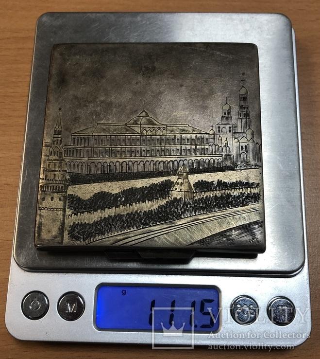 Серебряная пудреница 875 пробы с изображением Кремля., фото №12